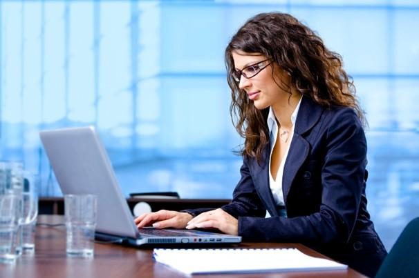 Нужно ли с офисными работниками проводить инструктаж на рабочем месте?